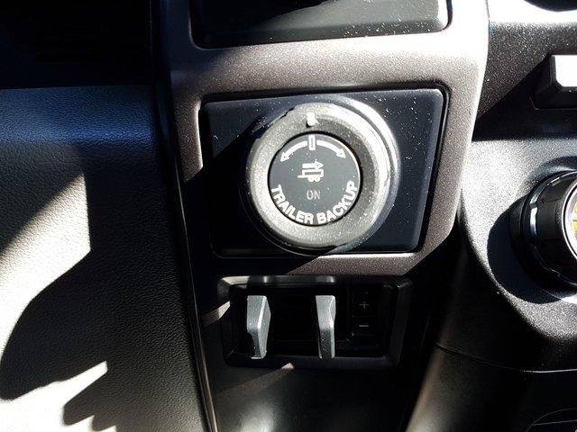 Ford F-150 XLT - XTR  CREW 4X4 2016