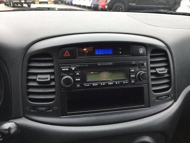Hyundai Accent L 2011 BAS KILO !!