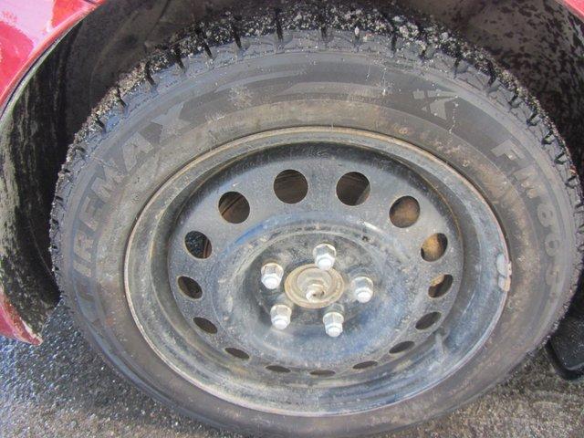 Hyundai Elantra  2012 TRES PROPRE !!!