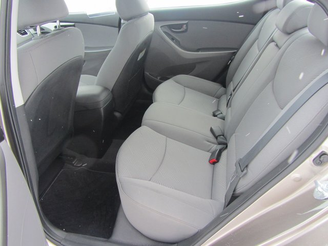 Hyundai Elantra  2013 SIEGES CHAUFFANT