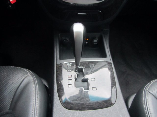 Hyundai Santa Fe Limited 2008 7 PASSAGERS