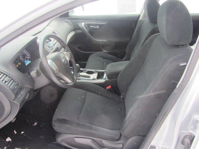 Nissan Altima  2014 IMPECCABLE!!!!