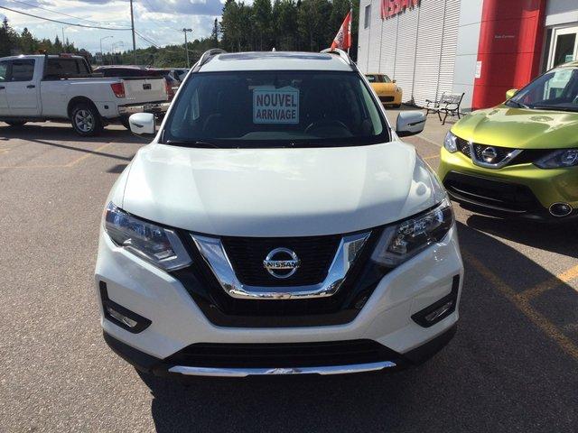 Nissan Rogue SV AWD 2017 BANCS CHAUFFANTS + TOIT PANO