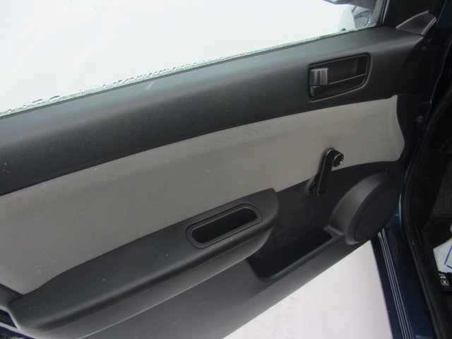 Nissan Sentra  2011 TRES PROPRE