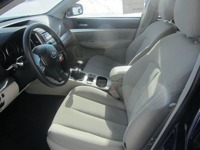 Subaru Outback 2.5i w/Convenience Pkg 2014