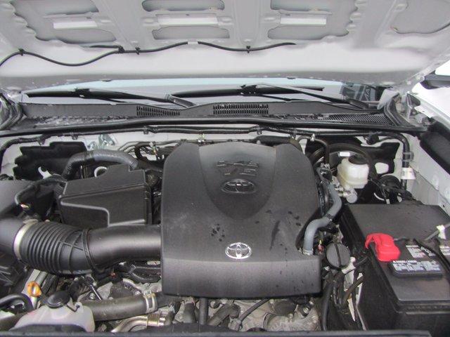 Toyota Tacoma SR5 2016 COMME NEUF !!