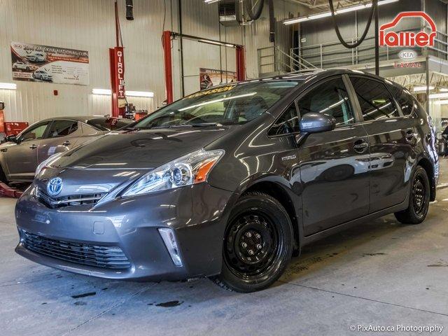 Toyota Prius v HYBRIDE * DÉMARREUR A DISTANCE 2013