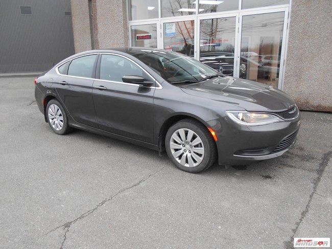 Chrysler 200 LX 2015