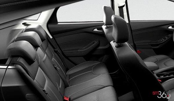 2016 Ford Focus Hatchback TITANIUM | Photo 2 | Charcoal Black Unique Leather
