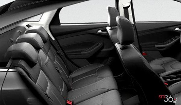 2016 Ford Focus Sedan SE | Photo 2 | Charcoal Black Unique Leather
