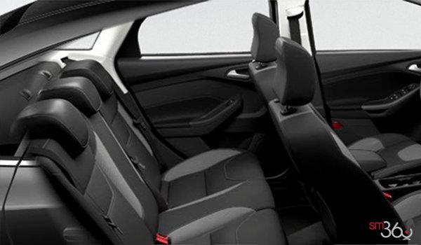 2016 Ford Focus Sedan SE | Photo 2 | Charcoal Black Sport Cloth