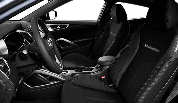 2016 Hyundai Veloster SE | Photo 1 | Black Cloth