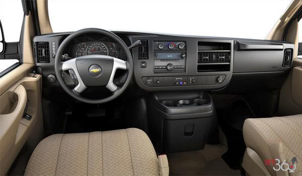 2017 Chevrolet Express 3500 CARGO | Photo 3 | Neutral Cloth
