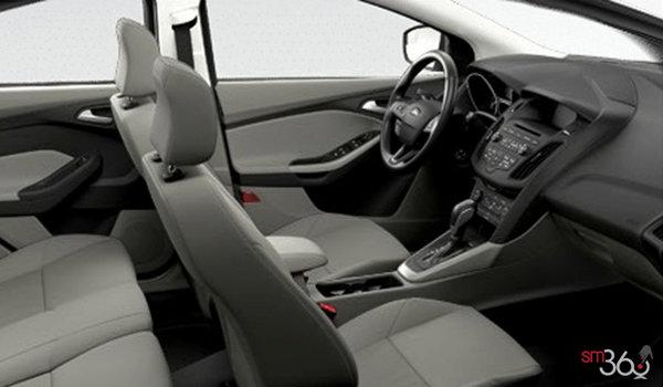 2017 Ford Focus Hatchback SE | Photo 1 | Medium Light Stone Premium Cloth