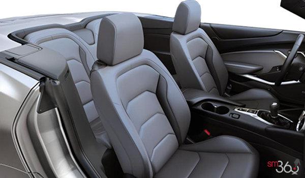 2018 Chevrolet Camaro convertible 2LT   Photo 1   Medium Ash Grey Leather (H17-A50)