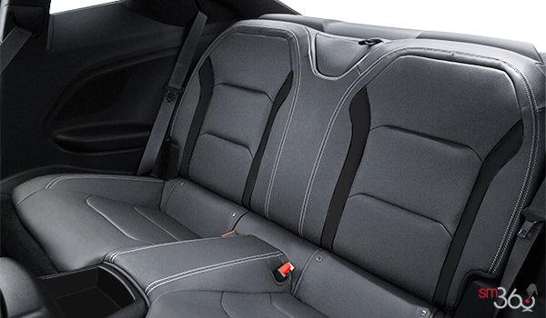 2018 Chevrolet Camaro coupe 1LT | Photo 2 | Medium Ash Grey Cloth