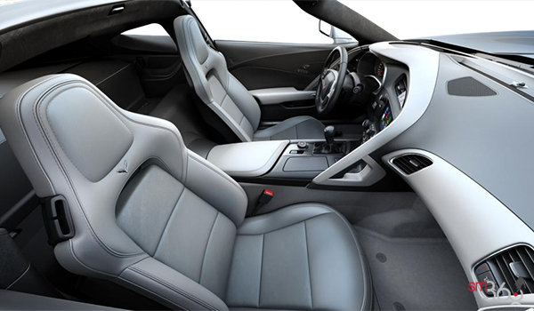 2018 Chevrolet Corvette Coupe Stingray 3LT | Photo 1 | Grey GT buckets Leather seating surfaces with sueded microfiber inserts (146-AQ9)