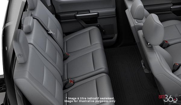 2018 Ford Chassis Cab F-450 XL   Photo 2   Medium Earth Grey HD Vinyl (LS)