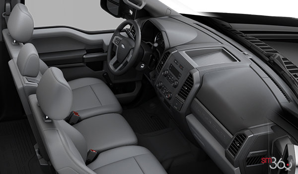 2018 Ford Chassis Cab F-550 XL | Photo 1 | Medium Earth Grey HD Vinyl Bench (AS)