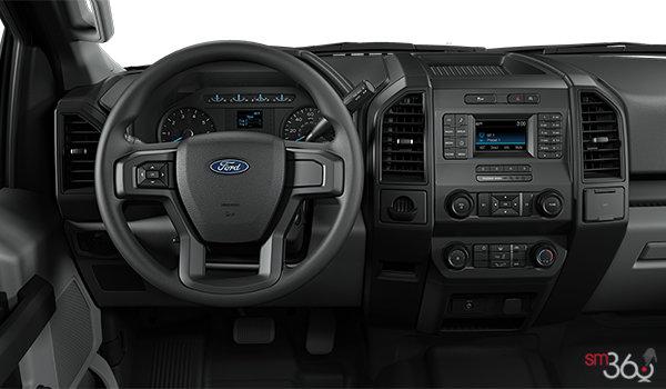 2018 Ford F-150 XL | Photo 3 | Medium Earth Grey Vinyl Bench (AG)