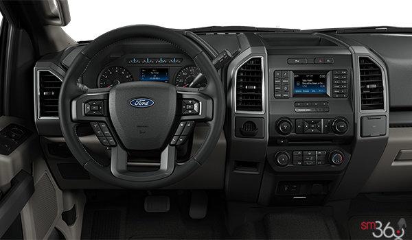 2018 Ford F-150 XLT   Photo 3   Medium Light Camel Cloth Bench (MC)