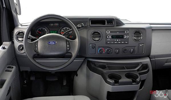 2018 Ford E-Series Cutaway 350 | Photo 3 | Medium Flint Cloth (CE)