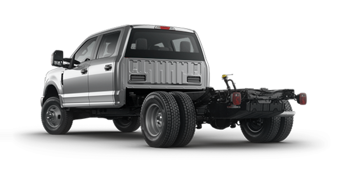 2018 Ford Chassis Cab F-350 XL   Photo 5   Ingot Silver