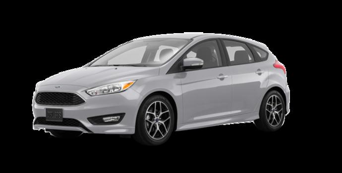 2018 Ford Focus Hatchback SE | Photo 6 | Ingot Silver Metallic