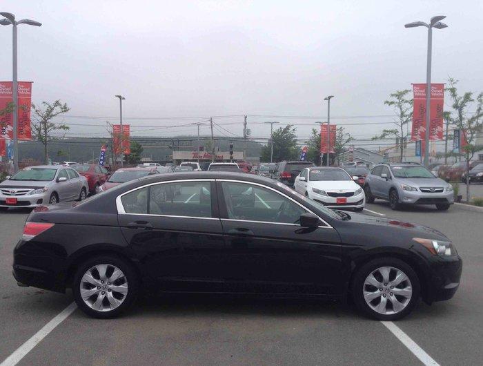2009 Honda Accord Sedan EX L..LEATHER...HEATED SEATS.