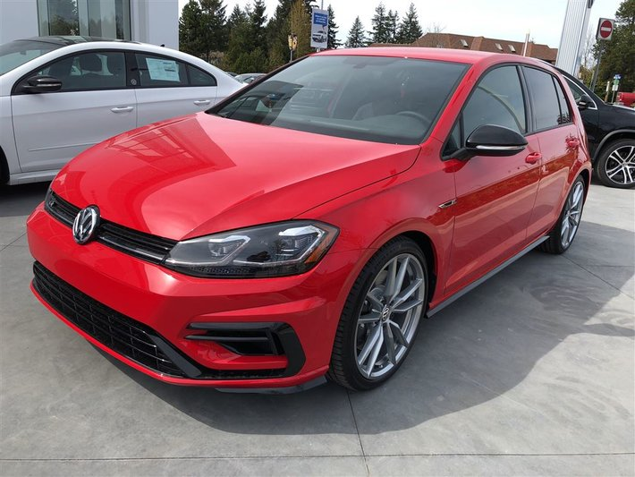 2018 Volkswagen Golf R 4Motion DSG